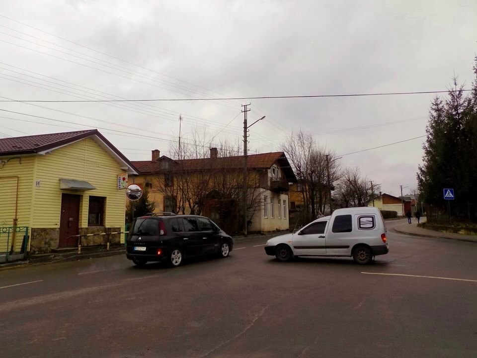 В Бориславі вирішили проблему небезпечного перехрестя, фото-2
