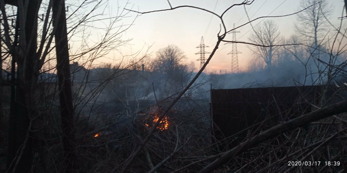 В Бориславі палає територія НГВУ «Укрнафта», фото-1