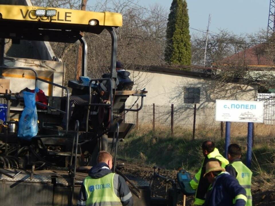 Ремонт дороги до Борислава: ремонтують ділянку у с. Попелі, фото-5, Фото - Роман Винар