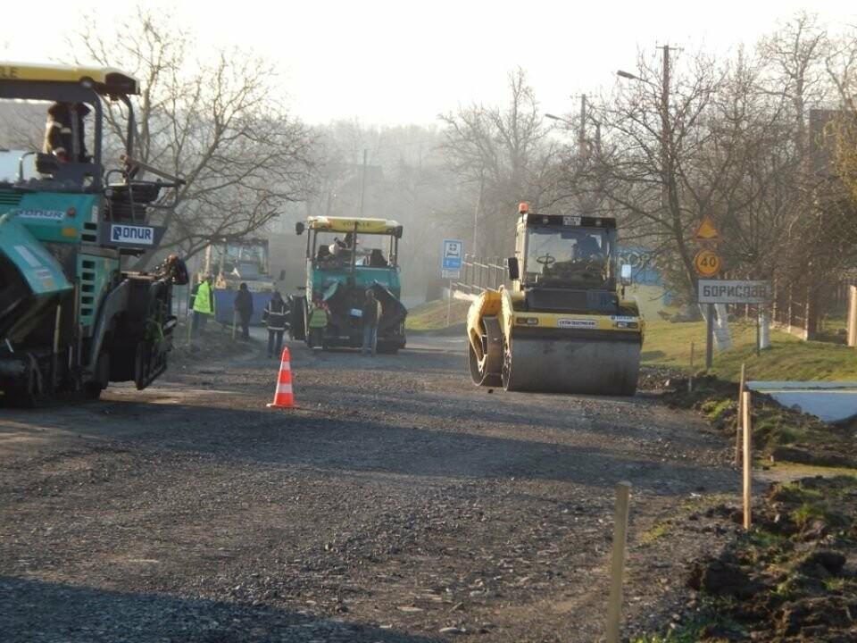 Ремонт дороги до Борислава: ремонтують ділянку у с. Попелі, фото-1, Фото - Роман Винар