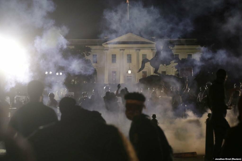 У США хвиля жорстоких протестів через смерть Джорджа Флойда (фотогалерея), фото-5