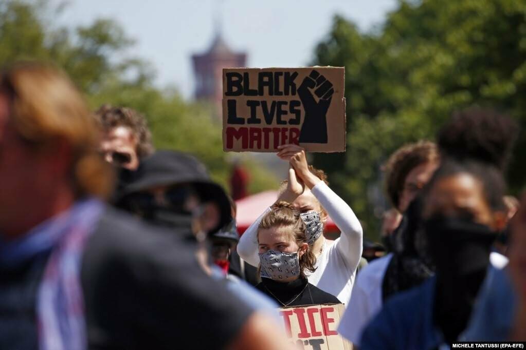 У США хвиля жорстоких протестів через смерть Джорджа Флойда (фотогалерея), фото-10