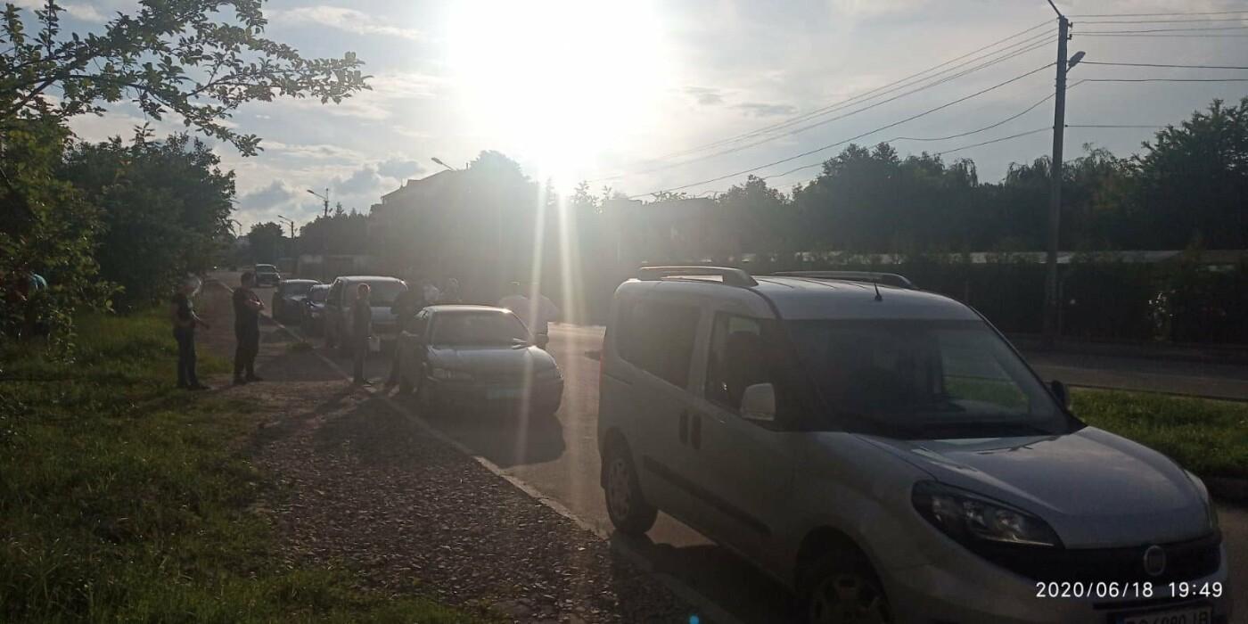 ДТП у Трускавці: лоб в лоб зіткнулись два автомобілі (відео), фото-4