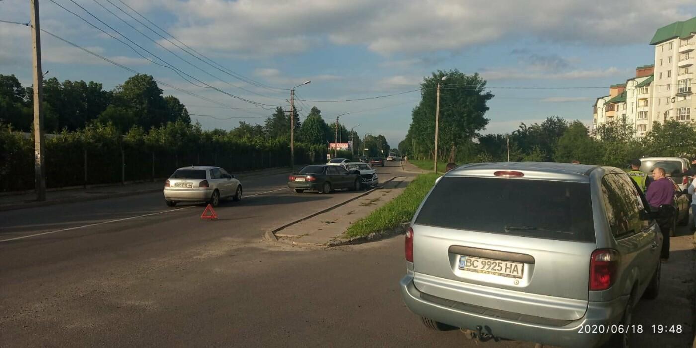 ДТП у Трускавці: лоб в лоб зіткнулись два автомобілі (відео), фото-2