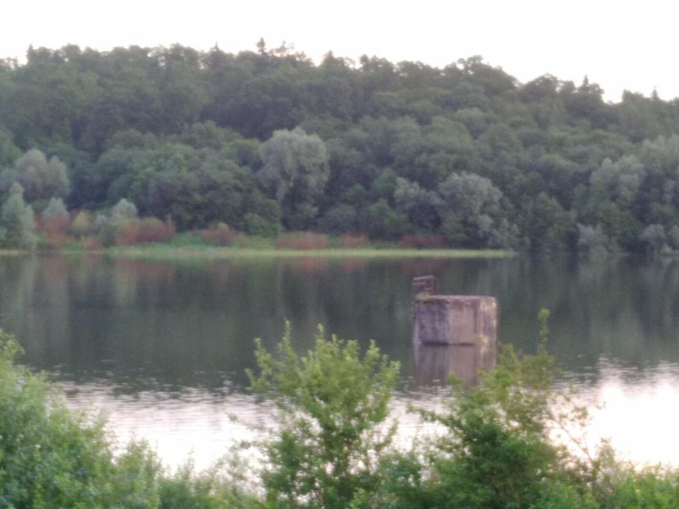 Повноводне трускавецьке озеро манить красою (ФОТО), фото-1, фото - 03247.com.ua