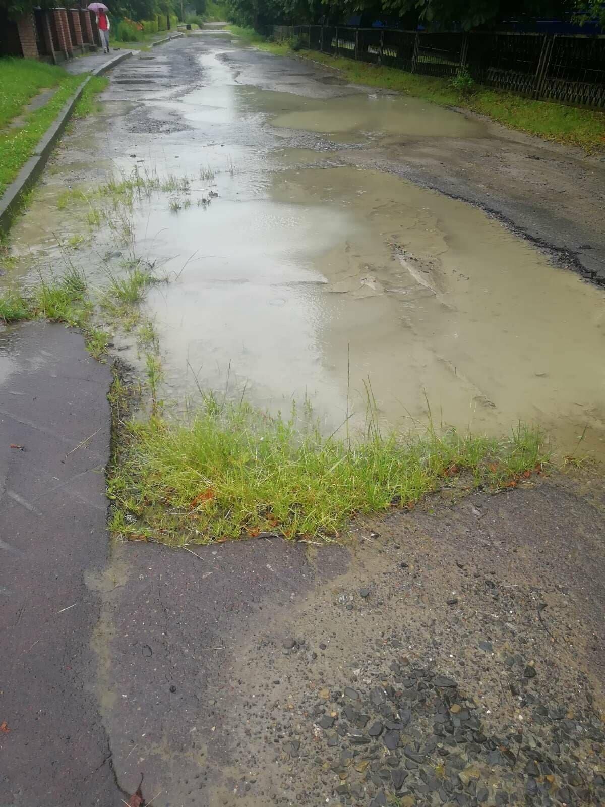 На вулиці Крушельницької прорвало водопровід (ФОТО), фото-3