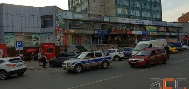 Опубліковано відео моменту вбивства чоловіка у Чернівцях, фото-1