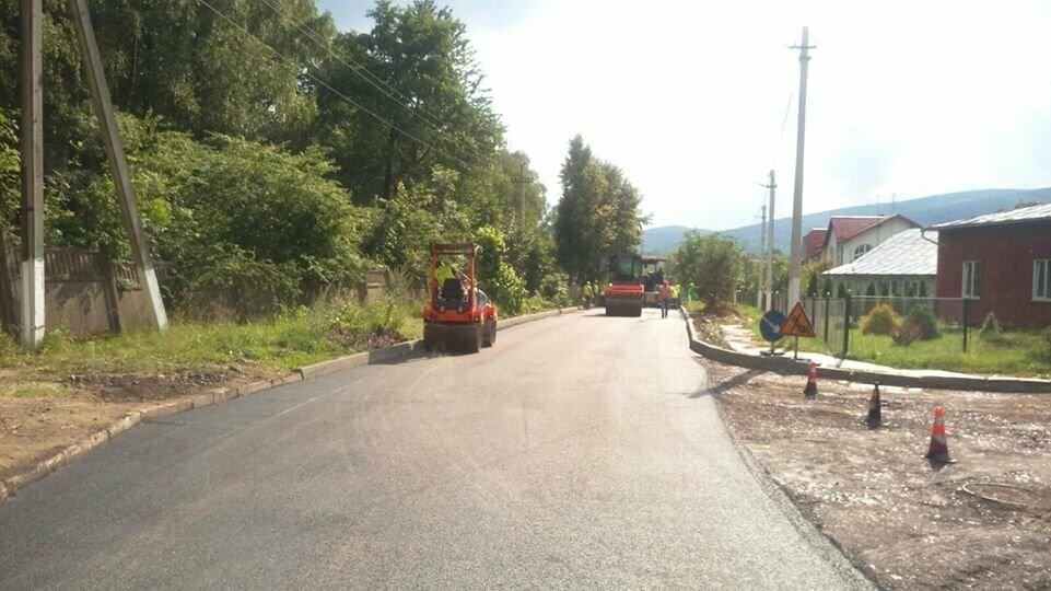 В Бориславі «відкапіталили» дорогу, яка не бачила ремонту десятки років, фото-1