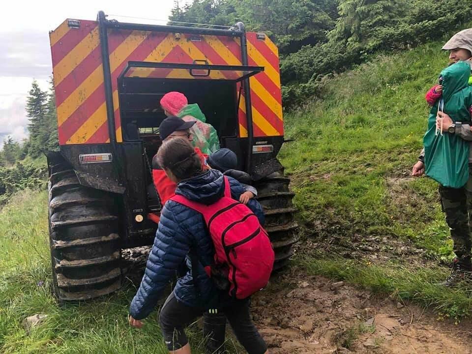 З Говерли евакуювали 13 туристів, фото-2