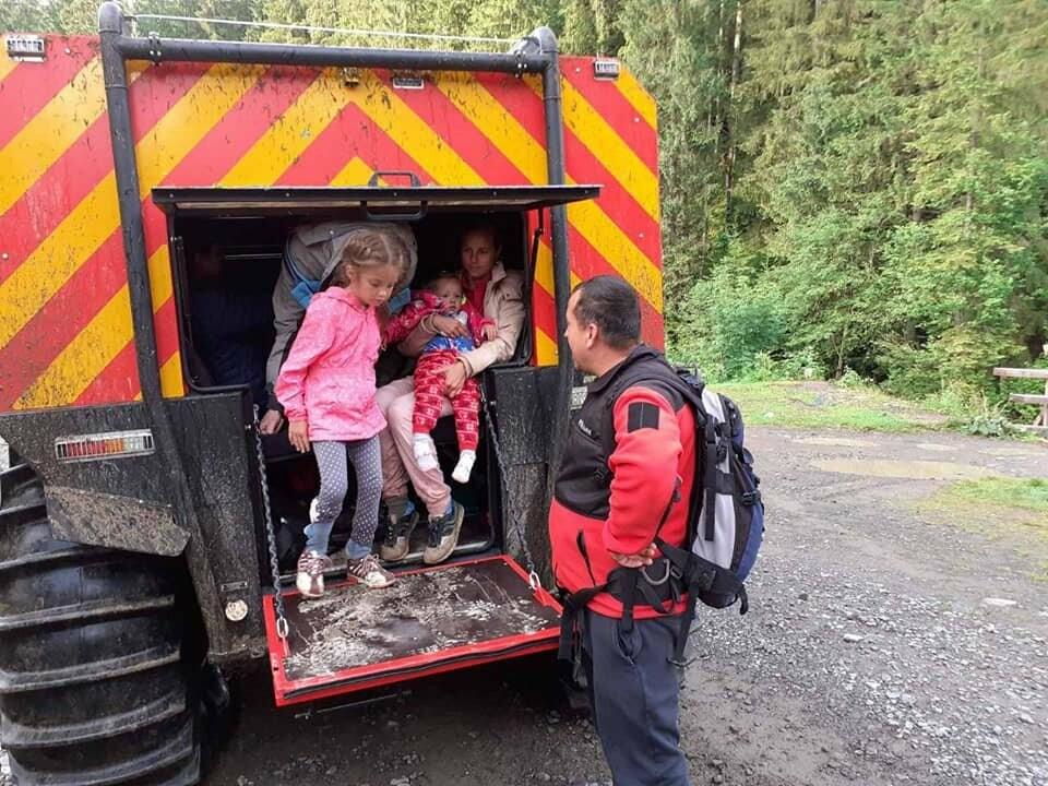 З Говерли евакуювали 13 туристів, фото-4