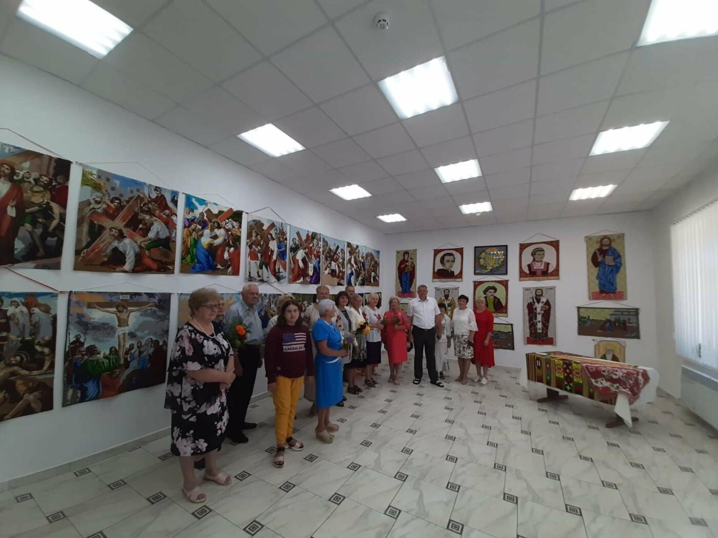 У Модричах відкрили виставку вишиваних робіт Степана Бориславського, фото-1