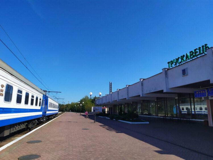 Сьогодні до Трускавця прибув перший потяг з Харкова (ФОТО, ВІДЕО), фото-3