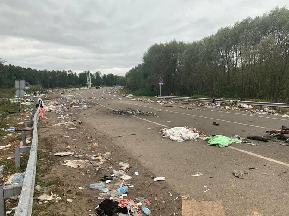 Паломники-хасиди покинули Україну залишивши гори сміття, фото-3