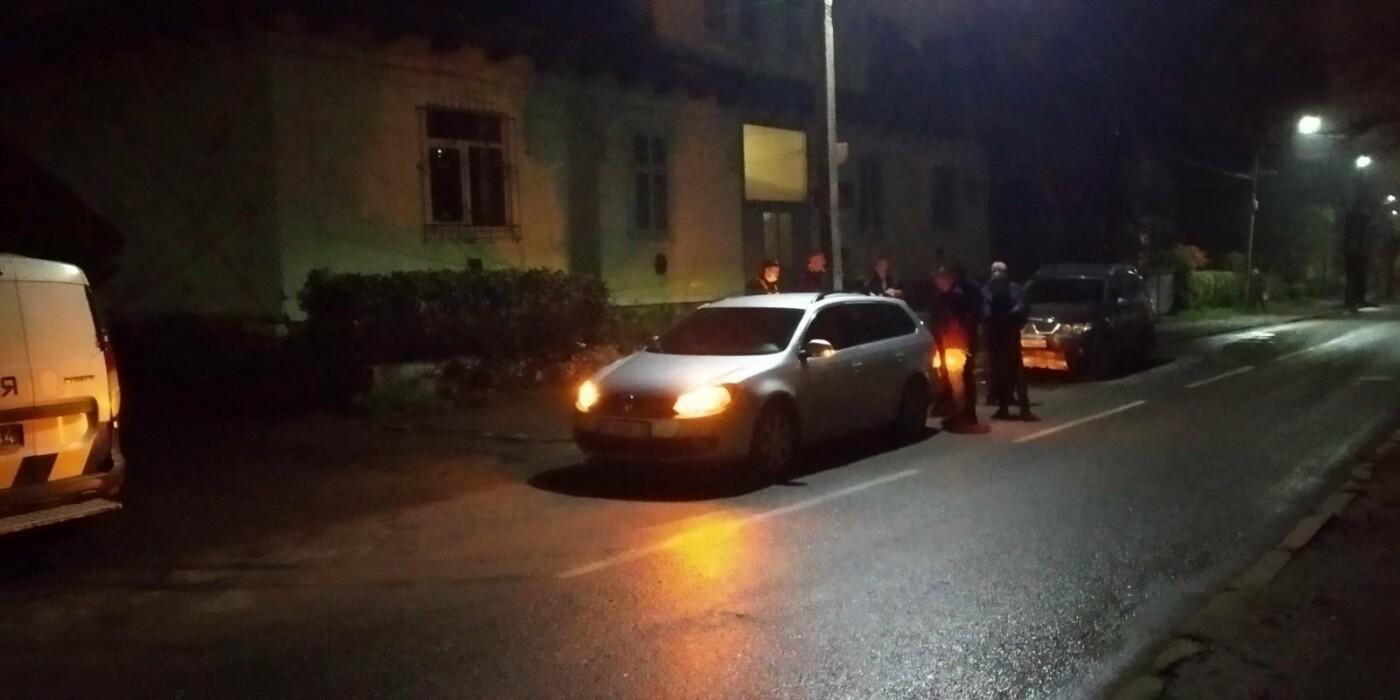 У Бориславі зіткнулись легковик та позашляховик: фото, фото-1