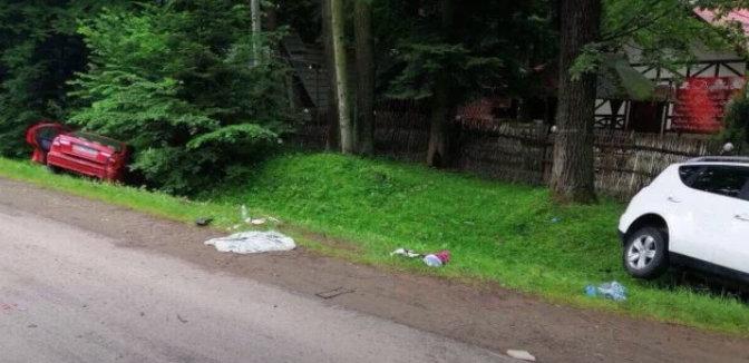 Внаслідок зіткнення автомобілів на перехресті біля Дрогобича госпіталізували шістьох осіб, фото-1