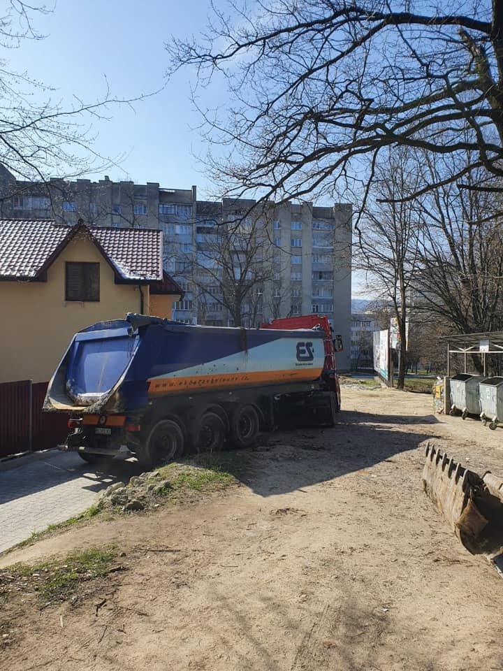У Трускавці ліквідовують стихійне сміттєзвалище, фото-5, Фото - сторінка у Facebook Андрій Кульчинський