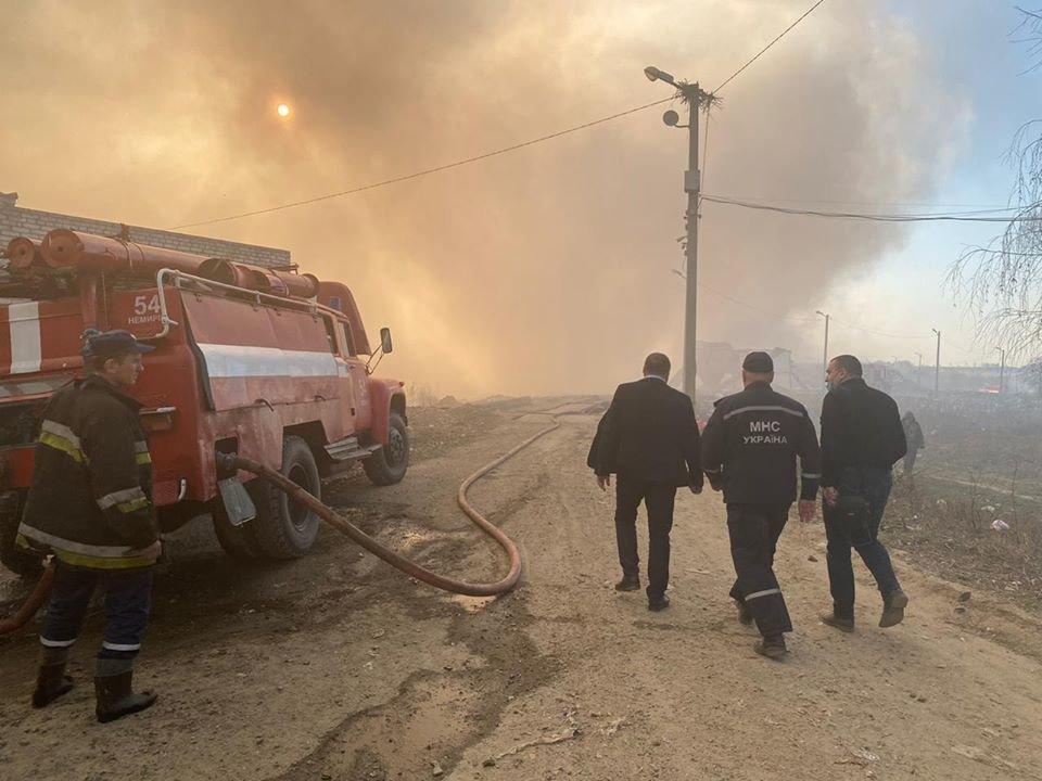 Спалахнула масштабна пожежа на Новояворівському сміттєзвалищі, фото-1, Фото - Юрій Холод