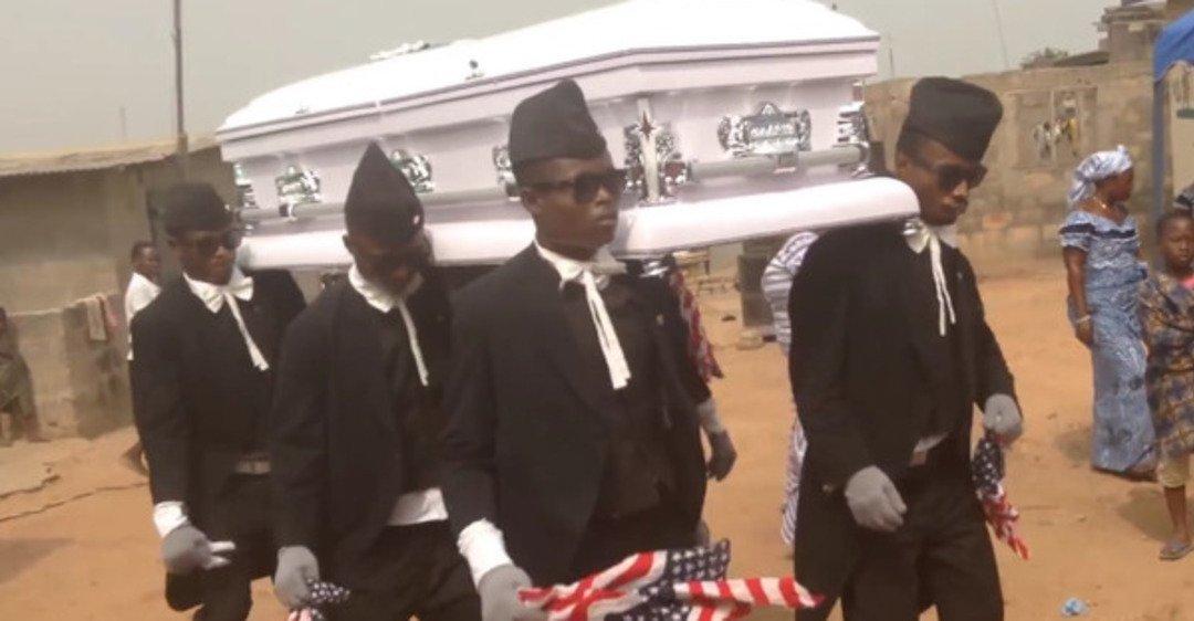 Танці на Похороні: в Гані процвітає професія похоронного танцівника. Відео, фото-1