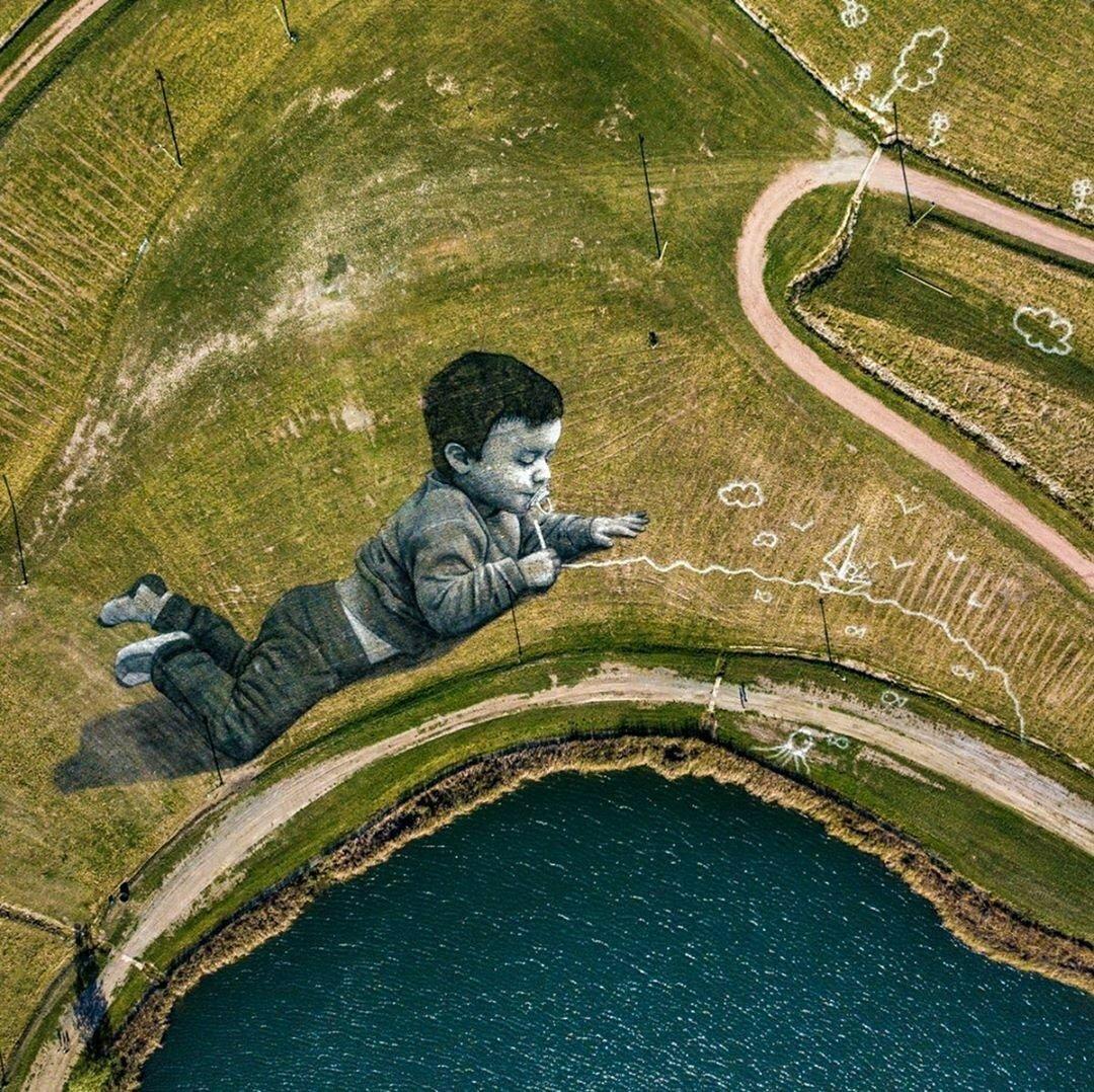 Художник малює біоматеріалом картини площею 3000 кв. м.  Фото вражають, фото-7, Гійом Легро