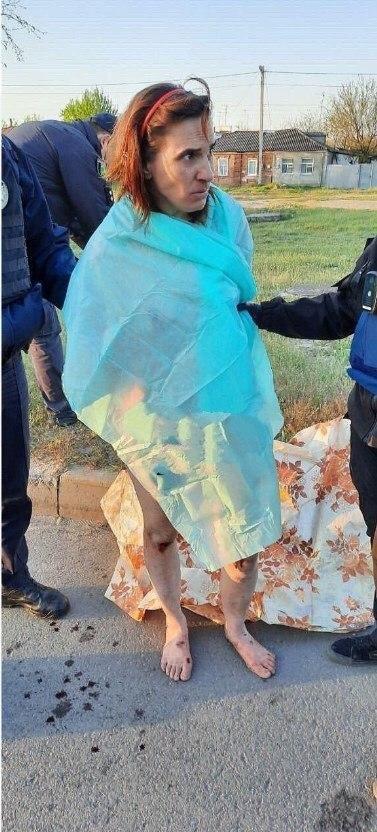 У Харкові затримали оголену жінку, яка у пакеті несла відрізану голову, фото-1, Фото - times.kharkiv.ua