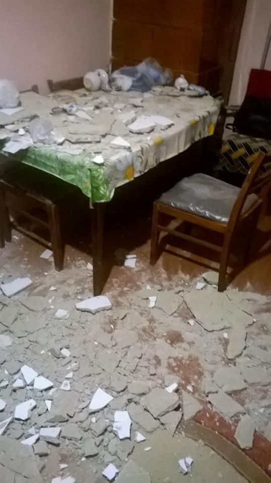 У мешканця Борислава в квартирі обвалилася частина стелі. Фото, фото-3, фото - Ірина Климентьєва