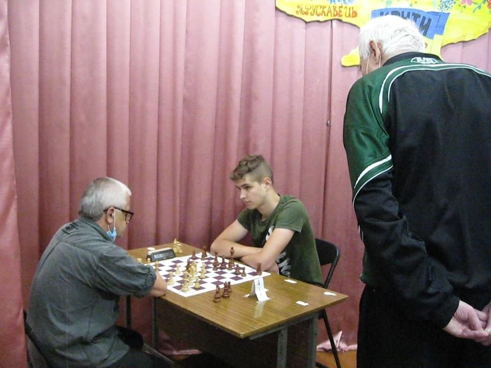 У Трускавці до Дня міста відбулись змагання з волейболу та шахів (Фото), фото-6, фото - Трускавецьке радіо