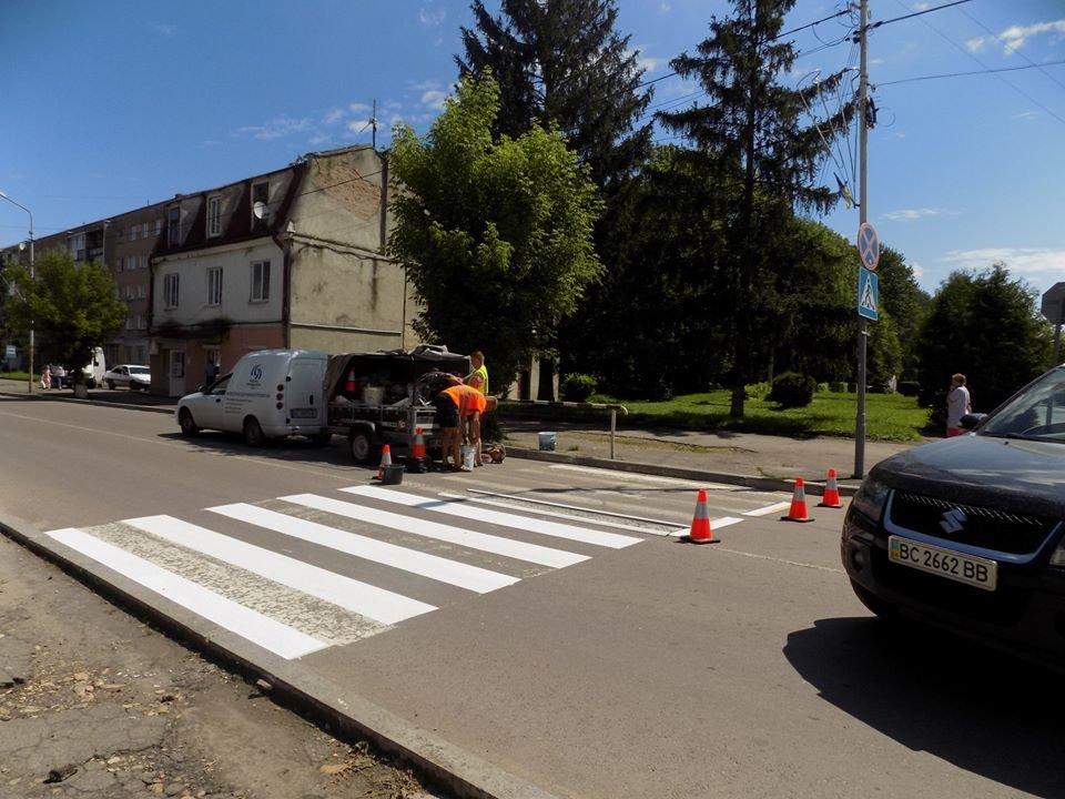 У Бориславі оновлюють пішохідні переходи (Фото), фото-7, фото - Бориславська міська рада
