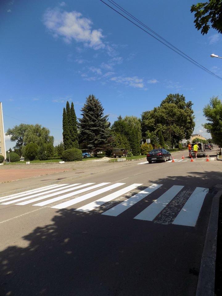 У Бориславі оновлюють пішохідні переходи (Фото), фото-2, фото - Бориславська міська рада