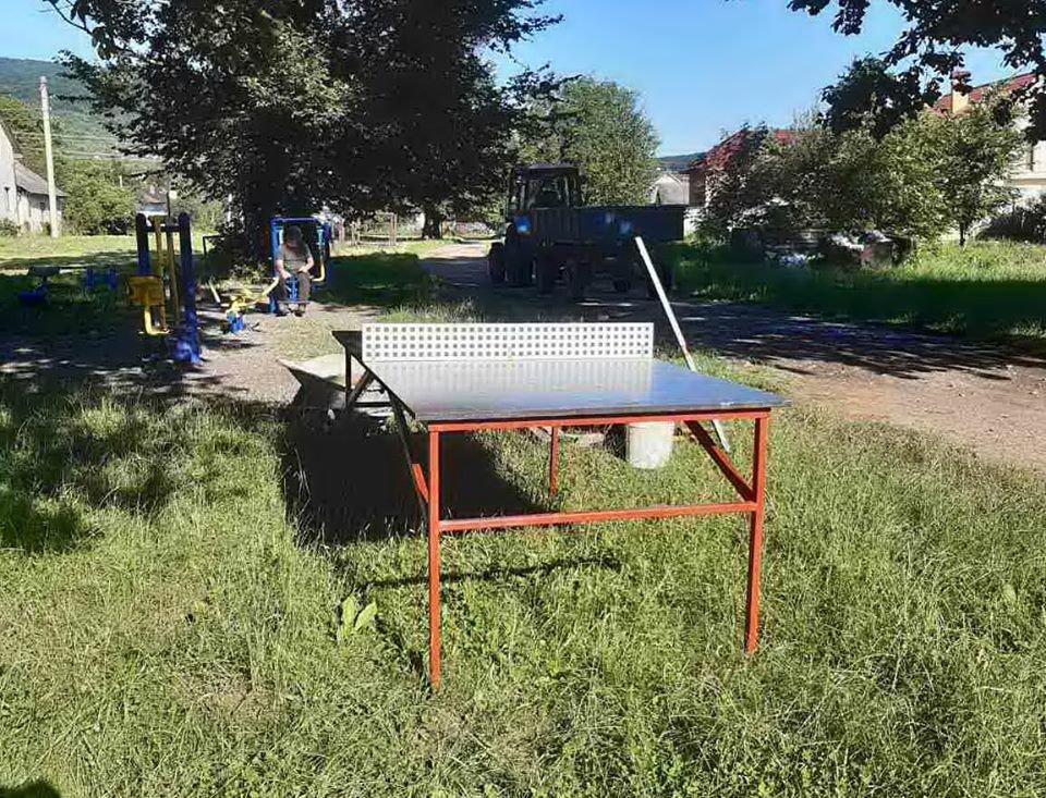 У Бориславі встановили ще один вуличний тенісний стіл, фото-3, фото - Бориславська міська рада