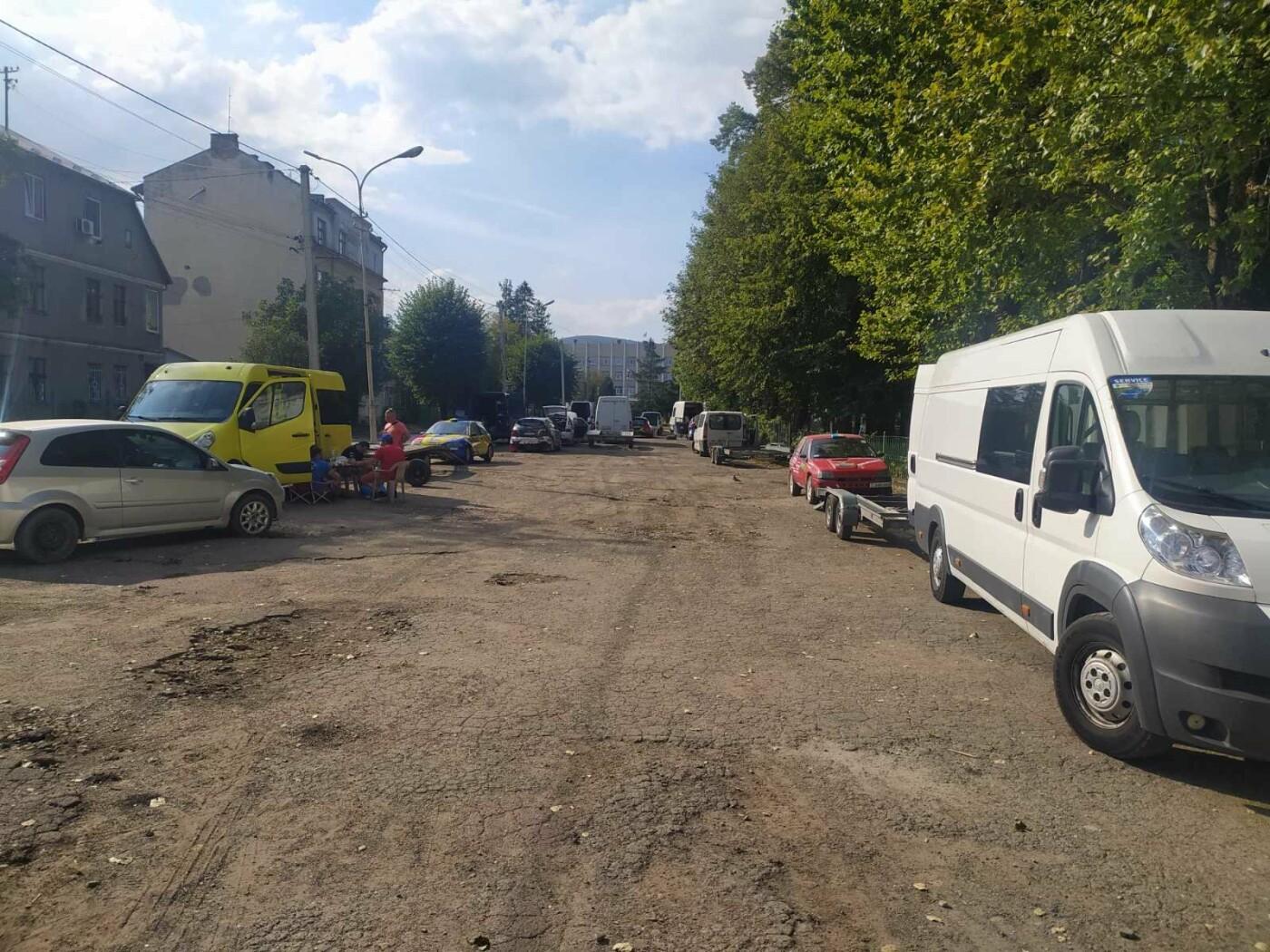 В Бориславі триває підготовка до раллі: старт через лічені хвилини, фото-3