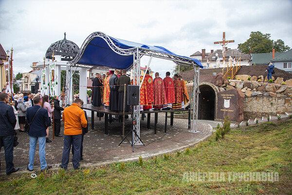 У Трускавці відкрили копію Гробу Господнього: фото з місця, фото-5