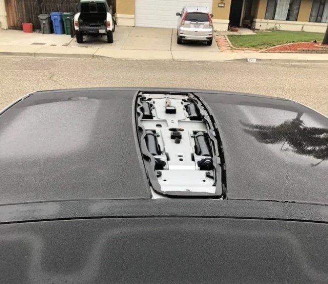 Tesla продовжують розсипатись на ходу «Гірше Жигулів» — пишуть власники, фото-3